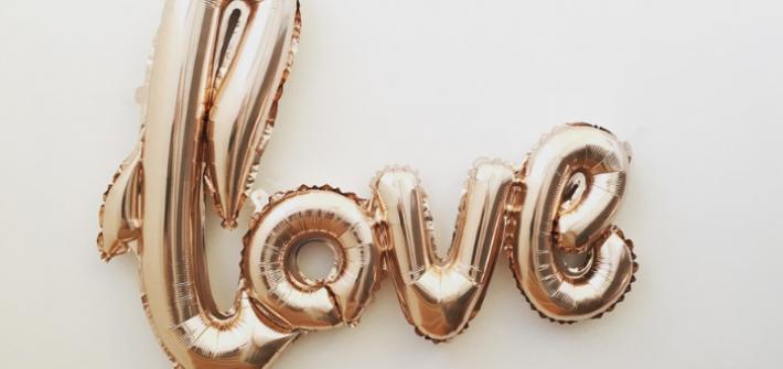 Liebe ist..
